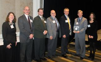O&G's Building Division receiving a Construction Institute Award
